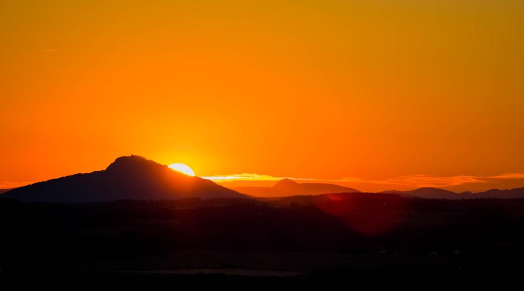 Západ slunce nad Bezdězem